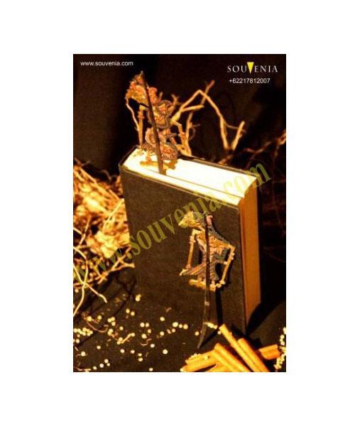 Souvenir-Pembatas-Buku-Wayang-Gapit-Kecil-HK15