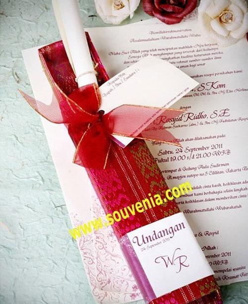 Undangan Pernikahan Pensil Songket