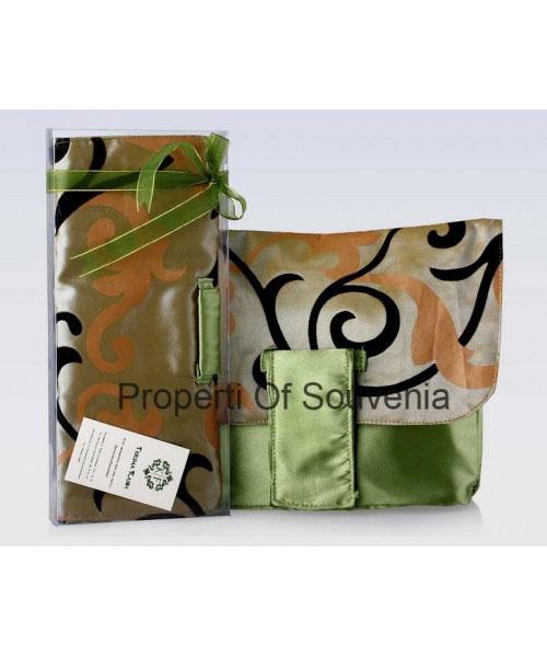 Souvenir-Handcase-Flocking-Satin-HC60-2