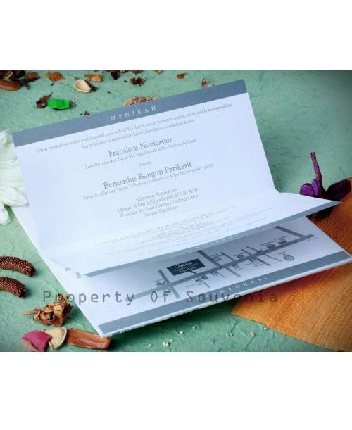 Undangan-Pernikahan-Hardcover-U10-2