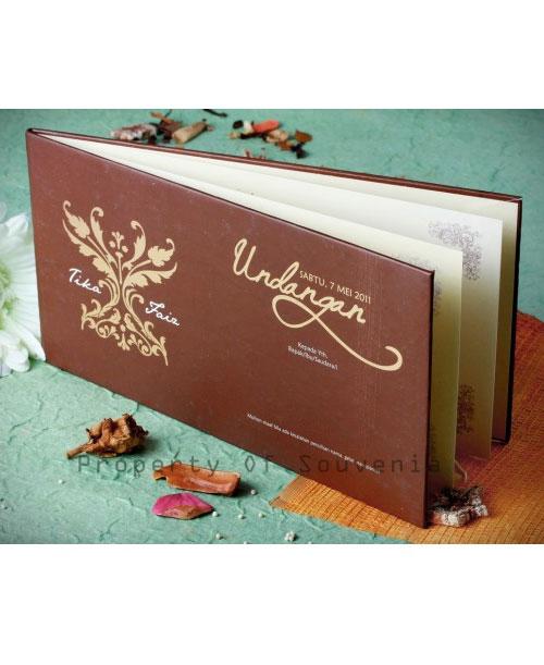 Undangan-Pernikahan-Hardcover-U11-1