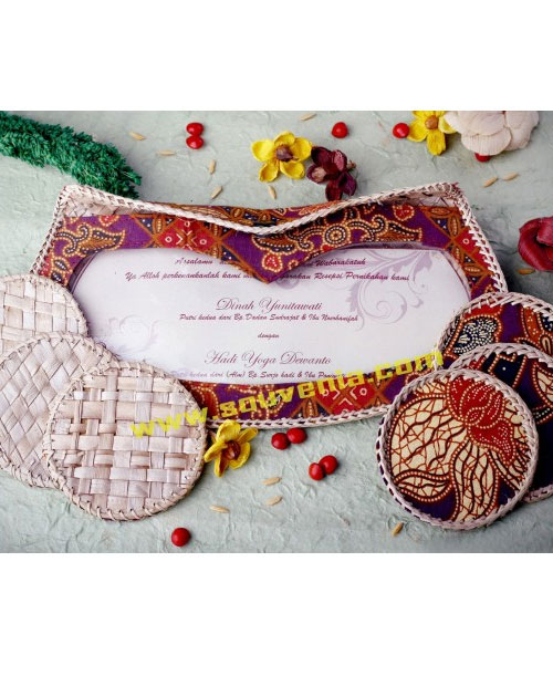 Undangan-Pernikahan-Tatakan-Gelas-Kacamata-U6-1