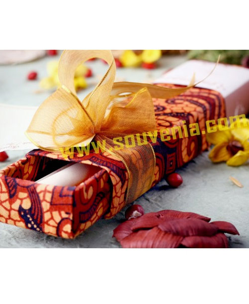 Undangan-Pernikahan-Tempat-Pensil-Batik-U2-1
