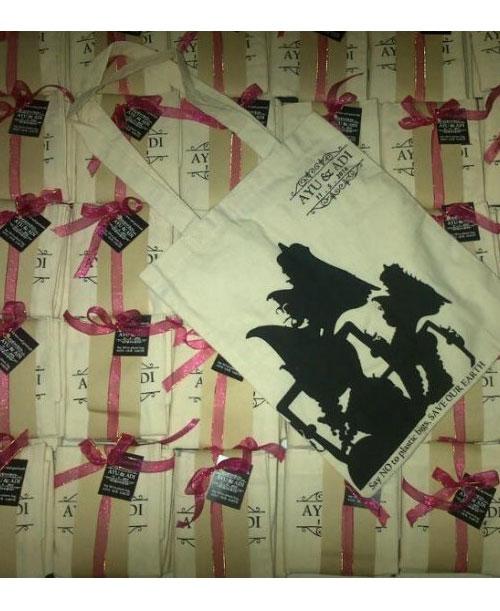 Contoh-Packing-Souvenir-Tas-Jinjing-Blacu-T113