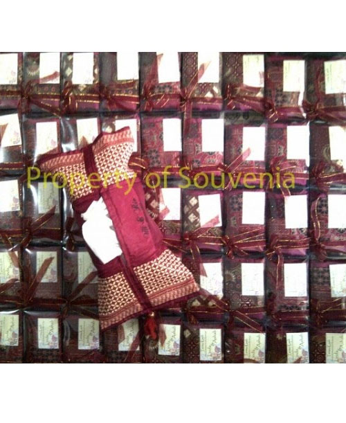 Sample-Packing-Tempat-Tissue-Satin-Batik-dan-Mika
