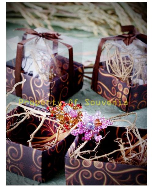 Souvenir-Bros-dan-Box-Batik-L10