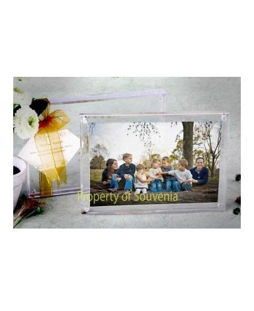 Souvenir-Frame-Tempat-Foto-Akrilik-L36-1