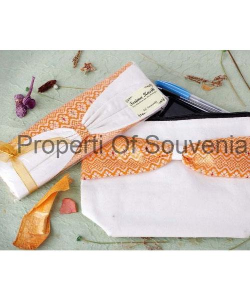 Souvenir-Handcase-Blacu-Aksen-Pita-HC69