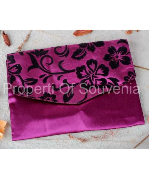 Souvenir-Handcase-Satin-Aksen-Flocking-HC70