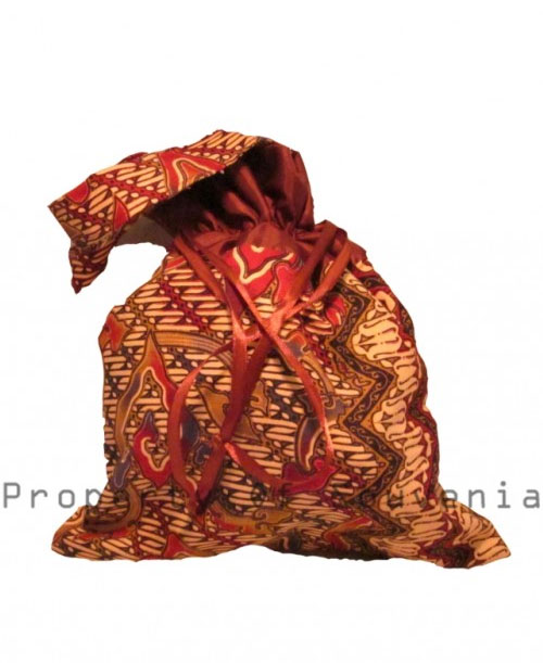 Souvenir-Tas-Batik-Satin-Serut-Kecil-T42