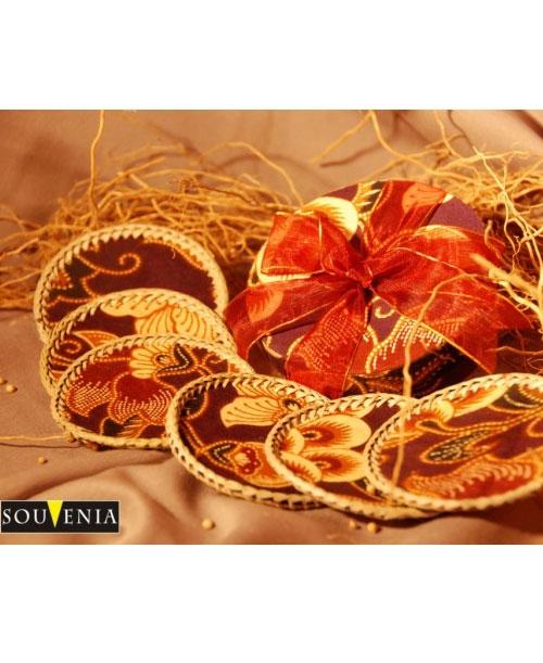Souvenir-Tatakan-Gelas-Batik-A19