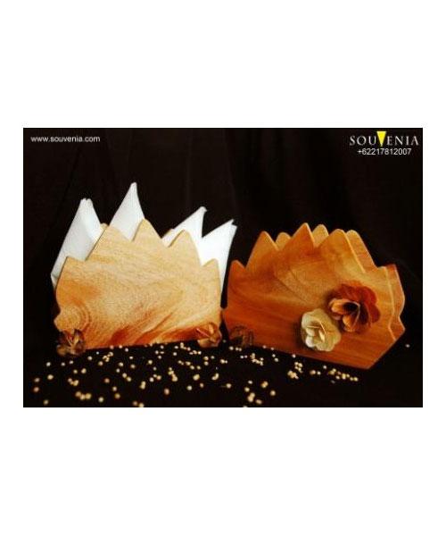 Souvenir-Tempat-Tissue-Kayu-K39