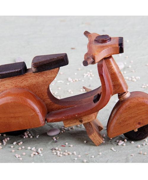 Wood-Vespa-1