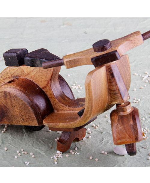 Wood-Vespa-4